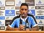 """Barrios diz que abriu mão de dinheiro e promete """"trabalho"""" no Grêmio"""