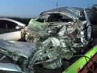 Motorista morre em batida frontal entre carro e caminhão em Limeira