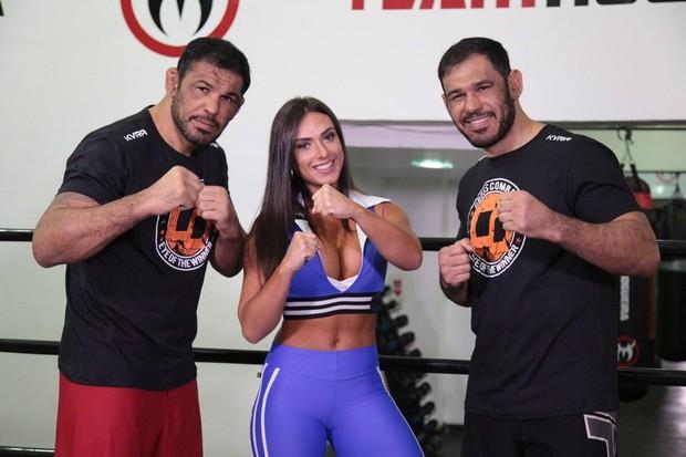 Nicole Bahls, Minotauro e Minotouro (Foto: Andrea Rocha/Divulgação)