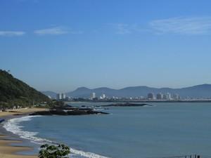 Quarta-feira também deve ser de sol e calor em Santa Catarina (Foto: Ricardo Ghisi Tobaldini/Divulgação)