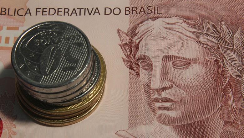 dinheiro-real-moeda-cedula-brasil-economia (Foto: Marcos Santos/USP Imagens)