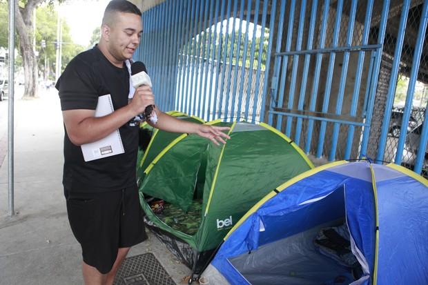 Fãs acampam para show de Justin Bieber com meses de antecedência (Foto: Anderson Barros/EGO)
