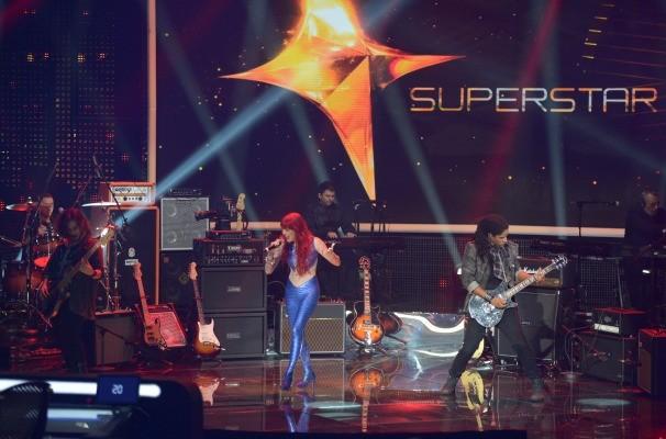 Move Over se apresenta no palco do SuperStar (Foto: Camila Serejo/TV Globo)
