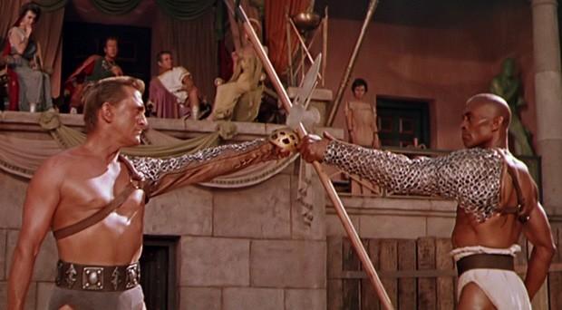 Em Spartacus, Kirk tem um de seus papéis mais conhecidos (Foto: Divulgação)