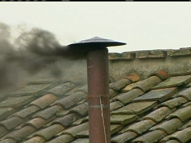 Fumaça preta (Foto: Reprodução Globo News)