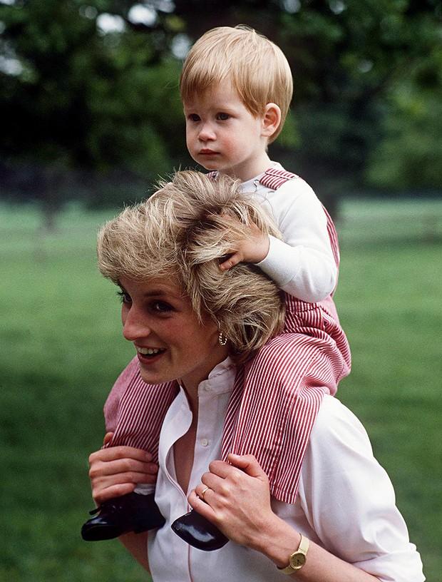 Lady Di e Príncipe William (Foto:   Getty Images)