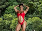 Suelen Bissolati, a Mulher Hulk, exibe músculos: 'Críticas não me atingem'