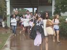 Mais escolas cancelam ocupação na região e alunos retomam as aulas