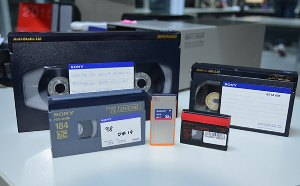 Dispositivos mostram a evolução do processo (Foto: Marketing / TV Fronteira) (Foto: Marketing / TV Fronteira)