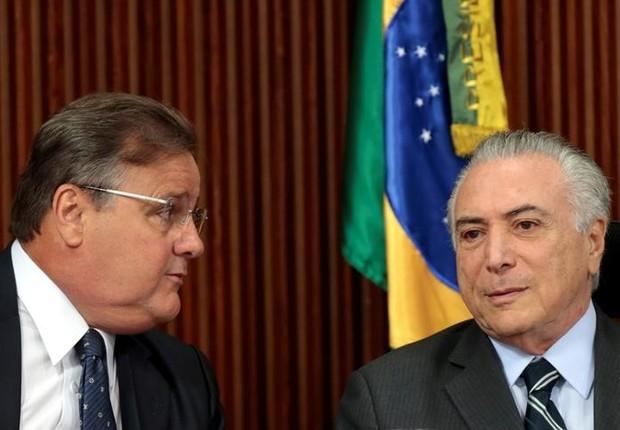 Presidente Michel Temer e Geddel Vieira Lima, em reunião no Palácio do Planalto, em junho de 2016 (Foto: Ueslei Marcelino/REUTERS)