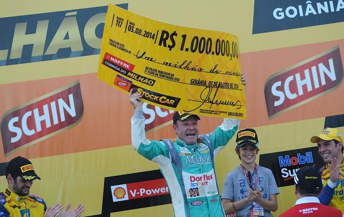 rubens barrichello corrida 1 milhão stock car (Foto: Divulgação/Duda Bairros)