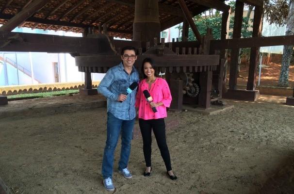 Marcos Paiva e Cris Ikeda apresentam o Revista de Sábado na TV TEM (Foto: Arquivo/Produção)
