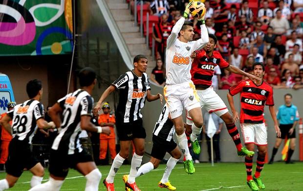 victor atlético-mg flamengo (Foto: Joel Rodrigues / Agência Estado)