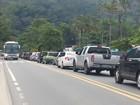 Volta do feriado tem tráfego intenso do Litoral Norte até São Paulo