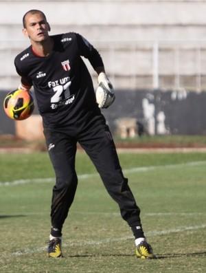 Fábio, goleiro do Botafogo-SP (Foto: Rogério Moroti / Ag. Botafogo)