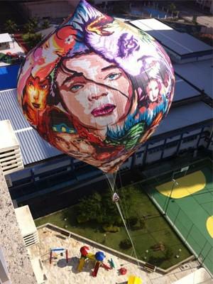 Balão cai em prédio na Zona Oeste do Rio e assusta moradores