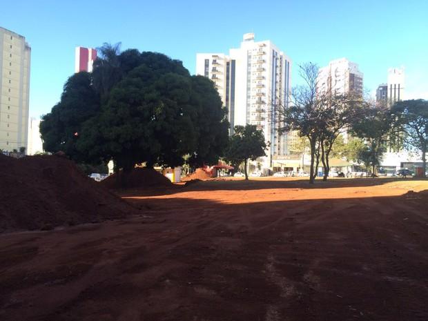Obras da Praça do Sol já começaram, em Goiãnia, Goiás (Foto: Vitor Santana/G1)