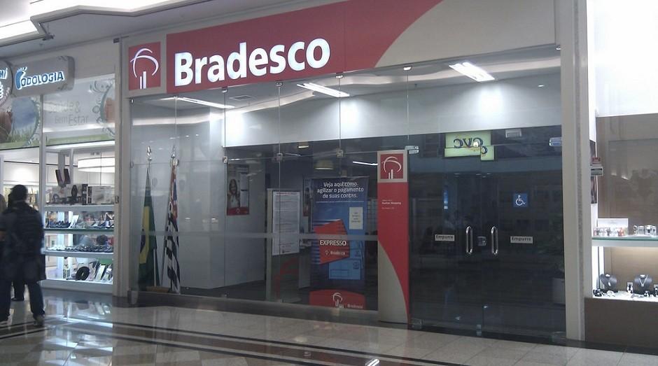 Fachada de agência do banco Bradesco (Foto: Flickr)