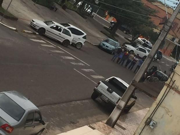 Criminosos levaram reféns após assalto a banco em Praia Grande (Foto: PMSC/Divulgação)