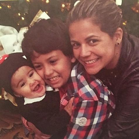 Nívea e os filhos Miguel e Bruna (Foto: Reprodução )