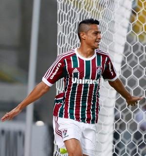 Cícero Fluminense x Goiás (Foto: Marcos Tristão/Agência O Globo)