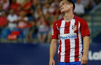 Atlético abre placar no fim, mas leva empate aos 49 e tropeça na estreia