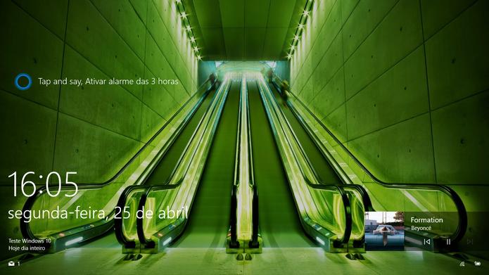 Windows 10 agora pode ter faixas controladas pela tela de bloqueio (Foto: Reprodução/Elson de Souza)