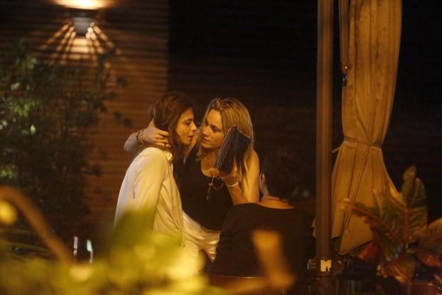 Priscila Montandon e Fernanda Gentil (Foto: FOTOS AGNEWS/AGNEWS)