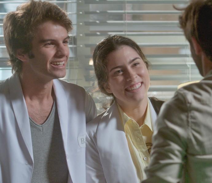 Fabinho e Débora convidaram Jonatas para participar de um projeto (Foto: TV Globo)