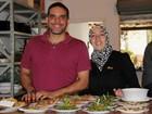 Refugiado abre restaurante em SP e sonha retomar carreira de engenheiro