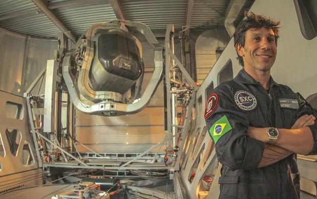 Em 2014, o curitibano Luigi Cani se tornará o segundo brasileiro a viajar ao espaço sideral (Foto: Reprodução / Facebook)