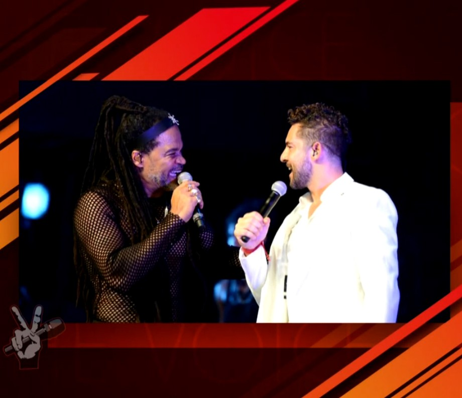 David Bisbal é o convidado de Carlinhos Brown no The Voice desta quinta (Foto: Globo)
