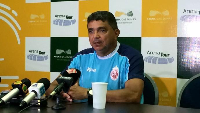 América-RN - Flávio Araújo, técnico (Foto: Augusto Gomes/GloboEsporte.com)