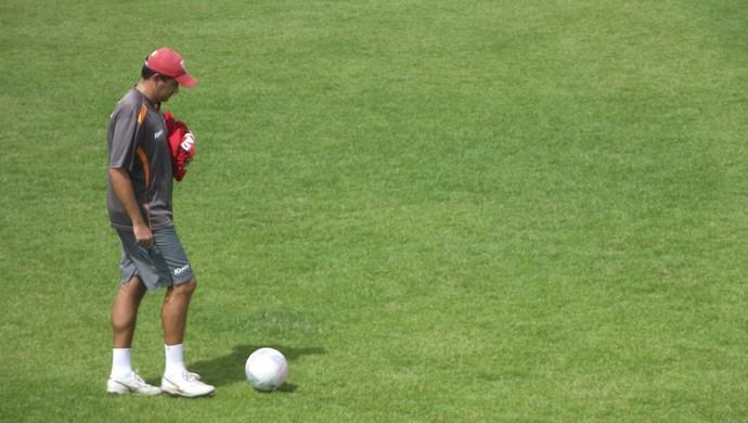 Eduardo Souza, técnico do CRB (Foto: Caio Lorena / GloboEsporte.com)