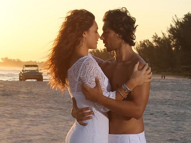 Lino e Taís (Foto: Vila dos Ventos / TV Globo)