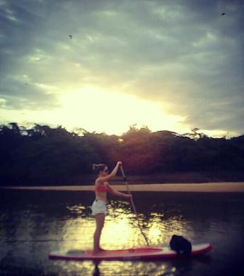 Camila: 'Eu me desligo do mundo na remada' (Foto: arquivo pessoal)