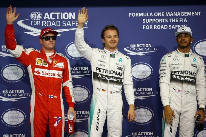 Kimi Raikkonen, Nico Rosberg e Lewis Hamilton após treino classificatório do GP de Abu Dhabi (Foto: Getty Images)