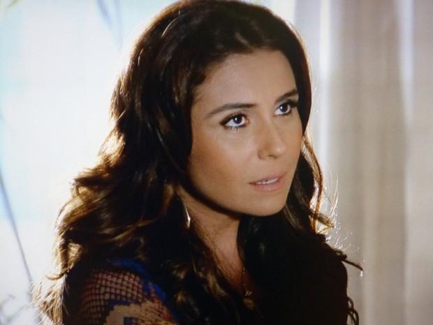 A delegada não dá moleza para o ex (Foto: Salve Jorge/TV Globo)