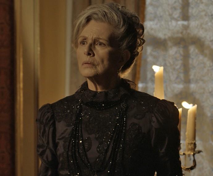 A Condessa fica chocada com as palavras de Roberto (Foto: TV Globo)