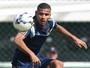 Oeste anuncia o volante Gabriel Dias, ex-Palmeiras, como reforço na Série B