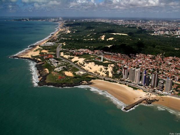 Vista aérea da Praia de Areia Preta, em Natal (Foto: Canindé Soares/Cedida)