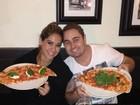 Dia da pizza: faça como os famosos e comemore sem culpa!