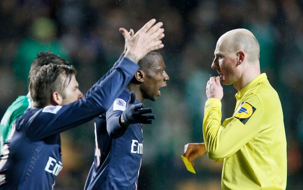 beckham paris saint germain x Saint Etienne (Foto: Reuters)
