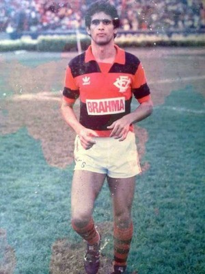Jogador também passou pelo Vitória em 1985 (Foto: Ivan Simões/Arquivo Pessoal)