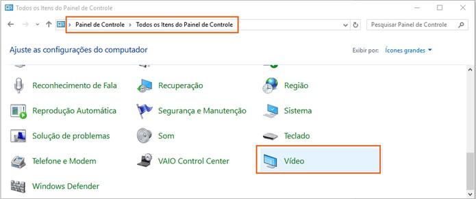 No computador principal, acesse o painel de controle e clique nas configurações de vídeo (Foto: Reprodução/Barbara Mannara)