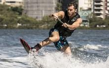 Klebber Toledo gravou estreia no wakeboard (Inácio Moraes/TV Globo)