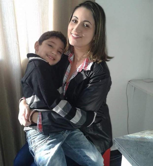 Tatiana e o filho Felipe (Foto: Divulgação)