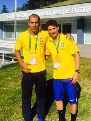 Felipe e Pedrinho durante curso na CBF (Foto: instagram)