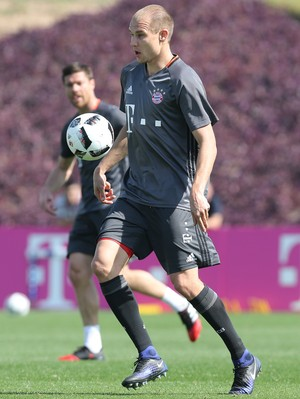 Holger Badstuber, Bayern de Munique (Foto: KARIM JAAFAR / AFP)