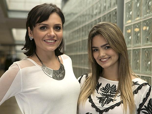 Depois, Suzanna Freitas tietou a apresentadora Monica Iozzi (Foto: Inácio Moraes / Gshow)